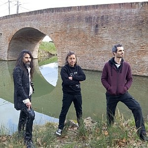 Distortion Ride - Psychedelic stoner progressive metal rock band photo | Bridge